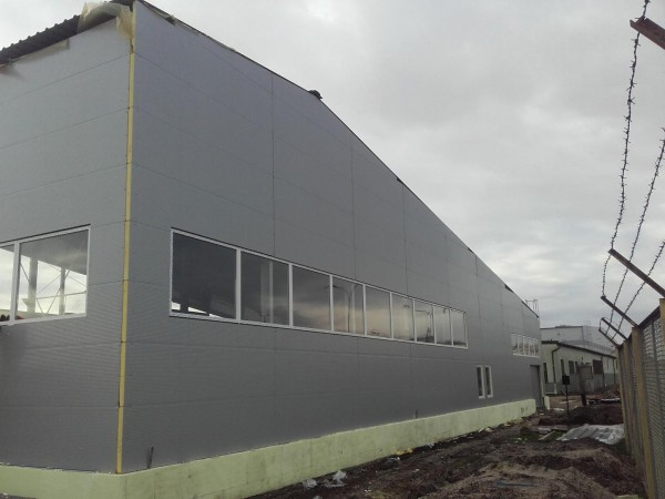 10-BCT-Largo-Hale-hala-magazynowo-produkcyjna-batycki-terminal-kontenerowy