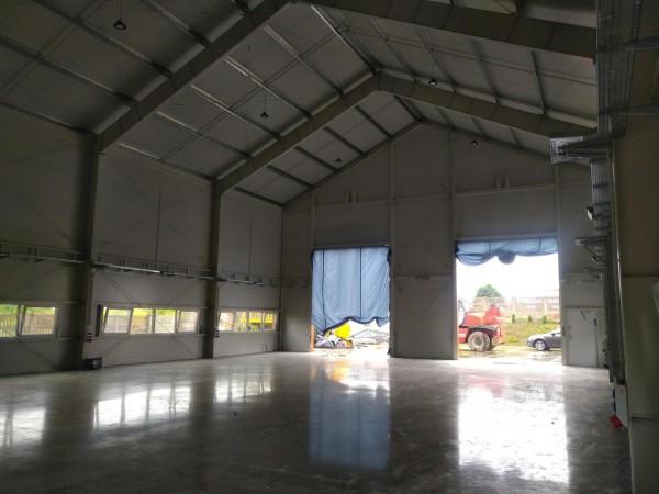 13-uawki-Largo-hale-expres-service-pomp-do-betonu